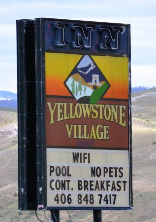 Yellowstone Village Inn: front sign
