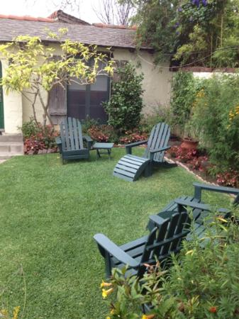 Manzanita Cottages: upper garden