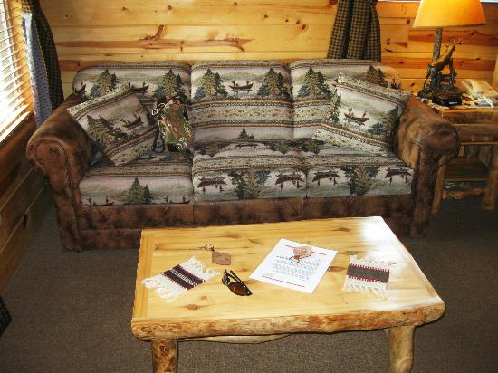Frontier Cabins Motel: Relax