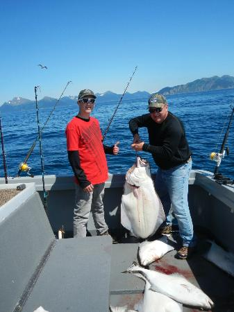 Bob's Trophy Charters - Day Trips: Katilak the 50'er