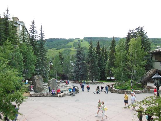 Marriott's StreamSide Douglas at Vail: Vail Village Mall