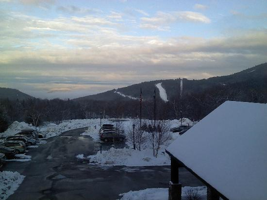 Grand Summit Hotel and Conference Center: view of slopes from room