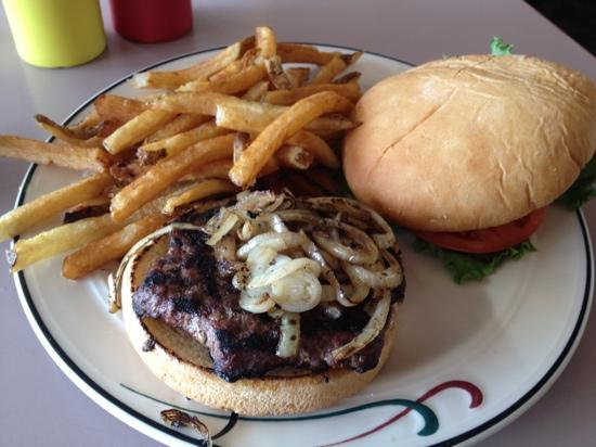 Timberline Cafe: Bison burger and homemade fries - the grilled bun was nice (I asked for grilled onions...mmmm)