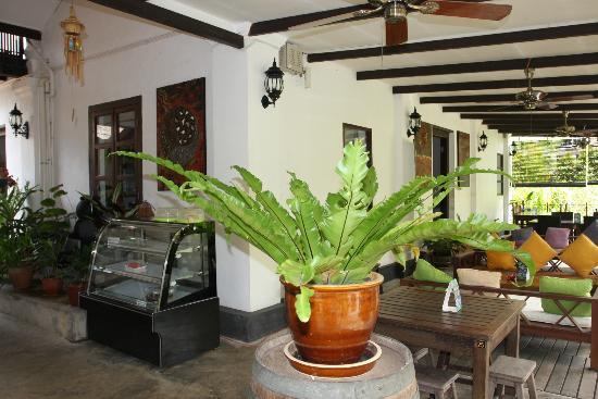 Basaga Holiday Residences: Terrace