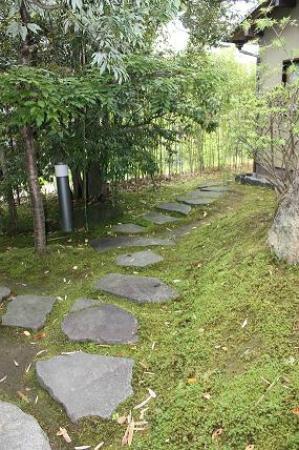 Yumeya: An inner garden