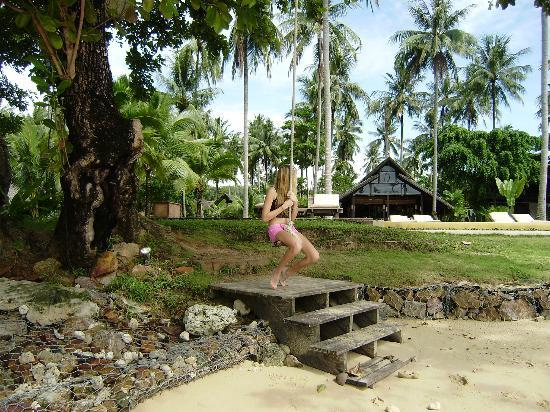 Koyao Island Resort: Swing on the beach