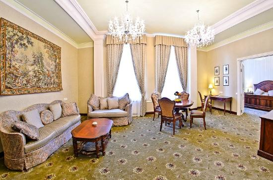 ALFAVITO HOTEL: Executive Suite