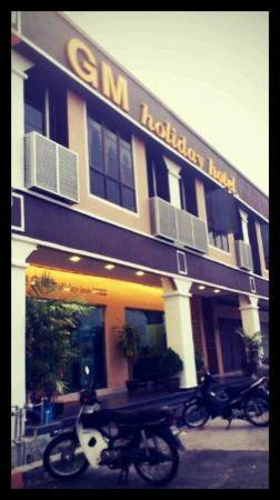 GM Holiday Hotel