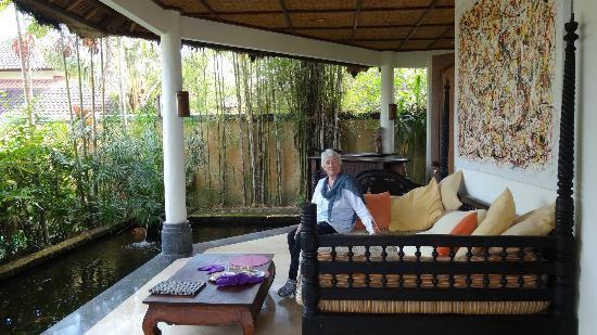 d'Omah Hotel Bali: Verandah at Lemongrass suite
