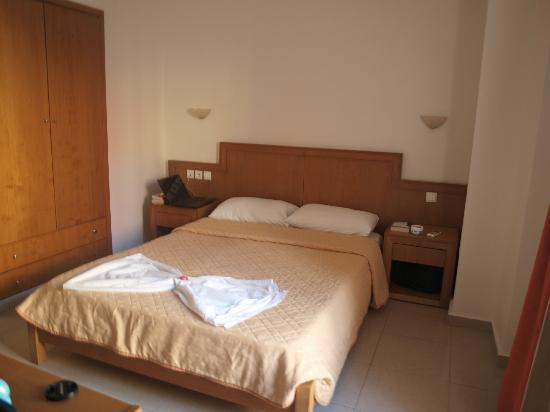 Castro Beach Hotel: room