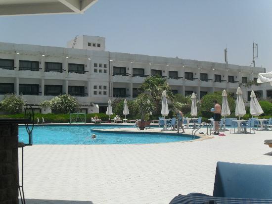 Safir Hotel Hurghada : hotel- from the beach restaurant