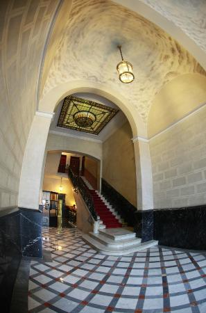 Alternative Creative Youth Hostel: Entrance of our historical building