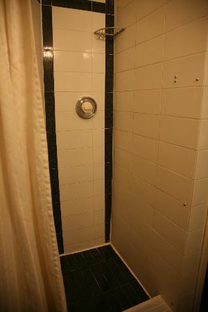 Crescent Hotel: Bathroom (3)