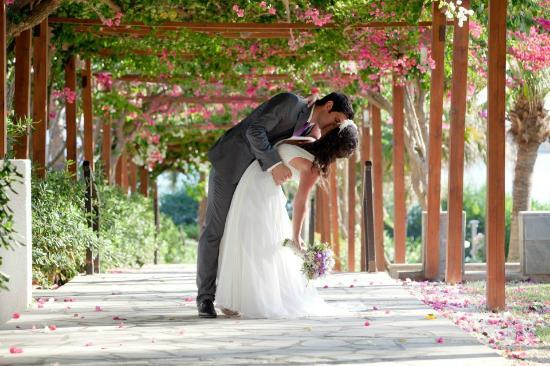 Nissi Beach Resort: the celebration of civil marriage at the hotel
