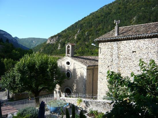 Le Sareymond : Church of Menée