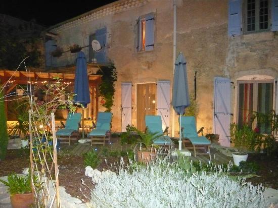 Le Sareymond by Night