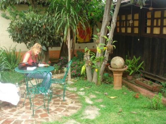 Ganesha Posada : un jardin muy tranquilo