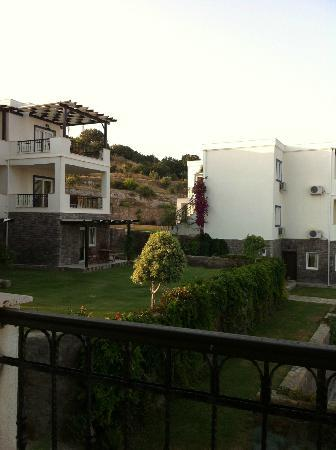 Aktur Residence : balcony view