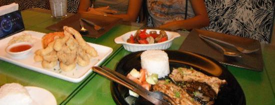 Sabs: Seafood Combo & Boneless Banus