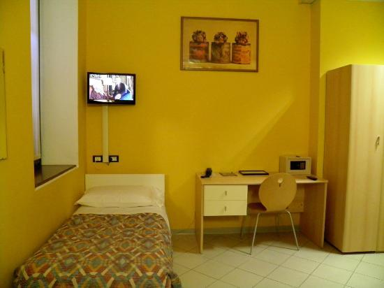 Central Hostel: our room