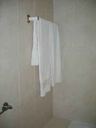 Residencial Dom Carlos I: Bath