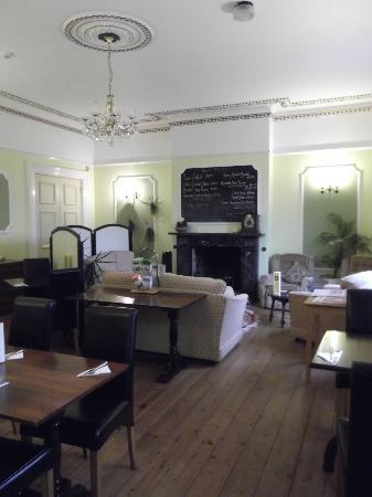 Broom Hall Country Hotel: Living - Breakfast room