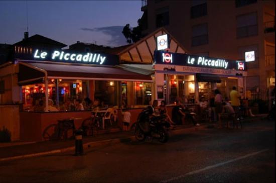 Le Piccadilly: Le restaurant de nuit