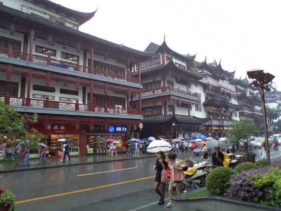 Authentic Shanghai Tour: Market