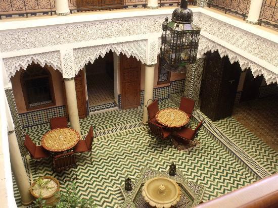 Riad Dar Mimouna Hotel: courtyard