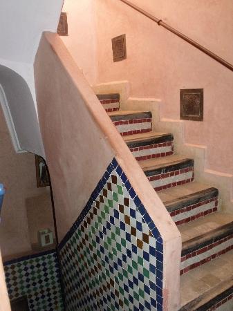 Riad Dar Mimouna Hotel: Stairs