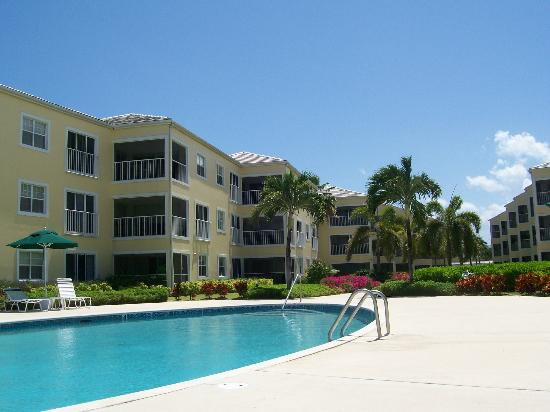 Regal Beach Club: Condos, 3 levels, all with Ocean Views
