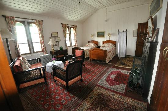 Windamere Hotel: 'The Chogyal of Sikkim' Colonial Suite
