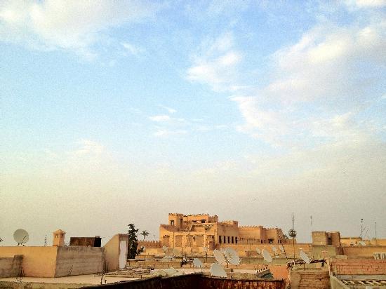 Zamzam Riad: Tranquil location