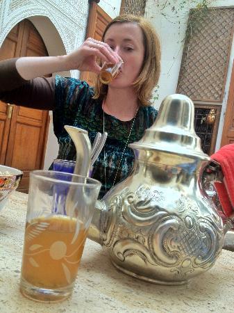 رياض وسبا زمزم مراكش: Moroccan tea 