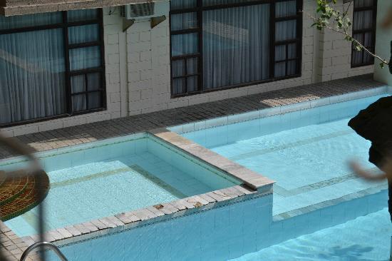 Vilarisi Hotel: Piscina