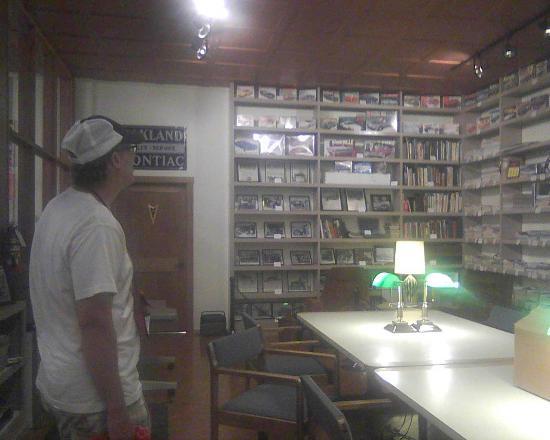 Pontiac-Oakland Automobile Museum: Research room