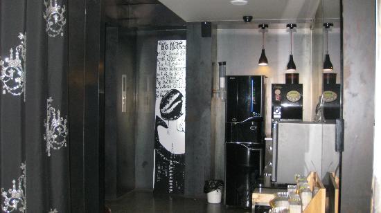 Vogue Hotel : Lobby