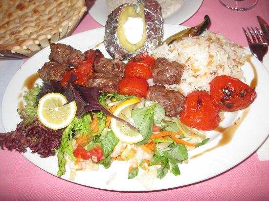 Oceans 7  Restaurant: Grilled Tomato and Lamb Kebab