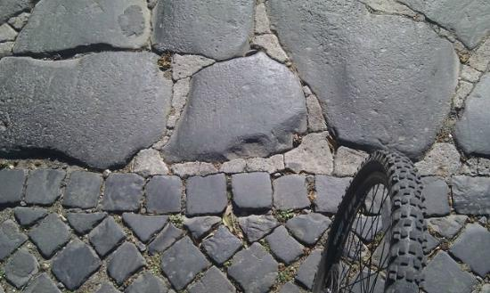 Parco Regionale dell'Appia Antica: Change from 1800's cobbles to 3000 BC cobbles