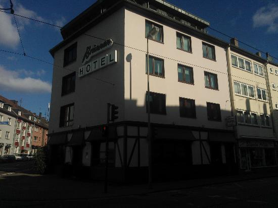 Brunnen Hotel: The Hotel Brunnen from outside