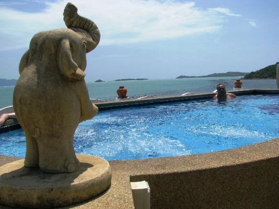 L' Hacienda: piscine sur le toit