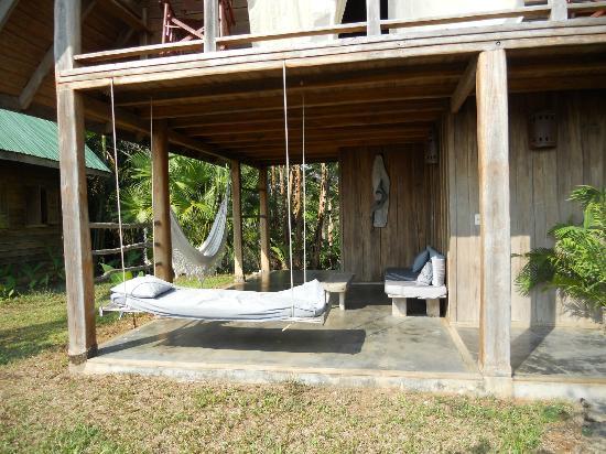 Lodge Ylang Ylang : terrasse bungalow