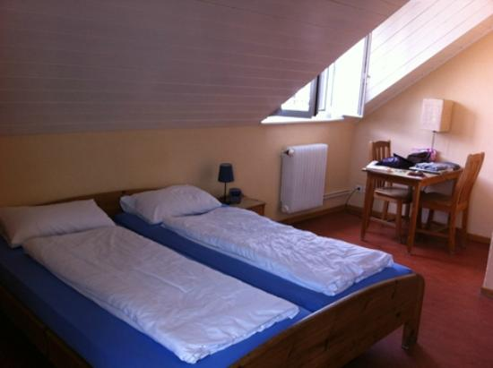 Bern Backpackers - Hotel Glocke: Double room