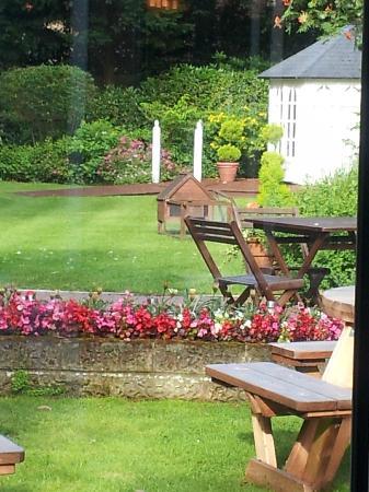 The Yenton: Beautiful, restful garden.