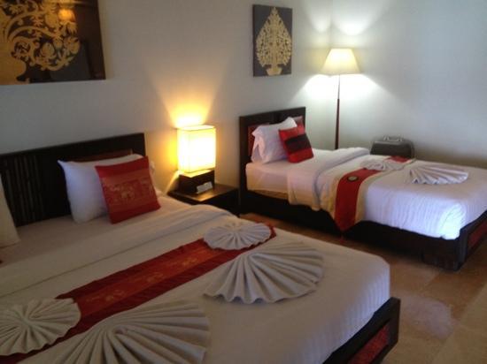 لاماي إن 99 بنجالوز: bedroom beach bungalow 