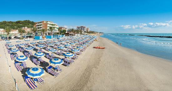 Cupra Marittima, Italia: spiaggia privata