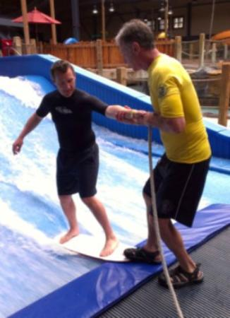 Silver Mountain Resort Lodging: Surf lesson at Silver Rapids