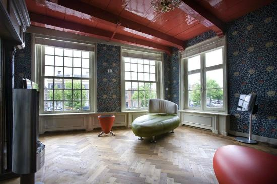 Spaarne Dream Appartment Haarlem: Living room with spectacular view