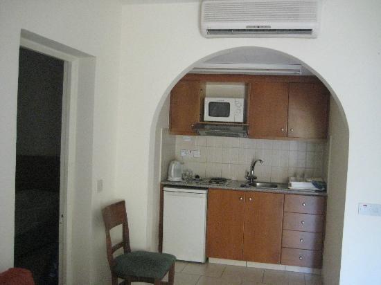 Panareti Paphos Resort: это мини-кухня