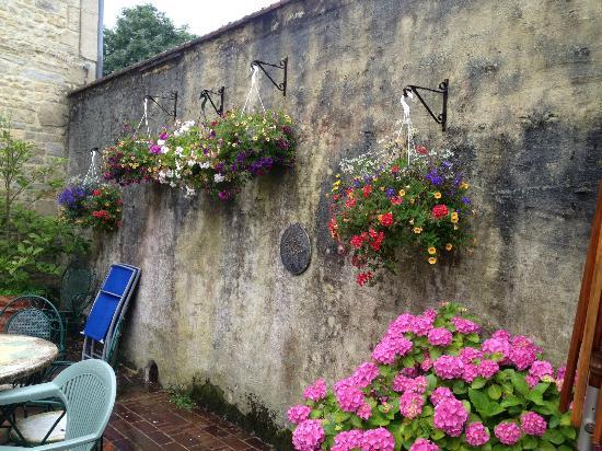 Manoir des Doyens : courtyard